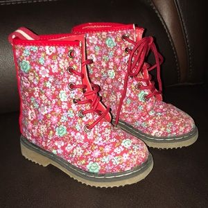 Link boots size 7
